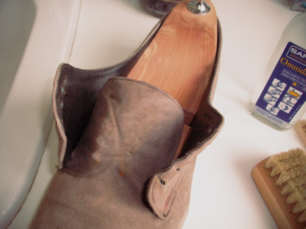 laver chaussures daim